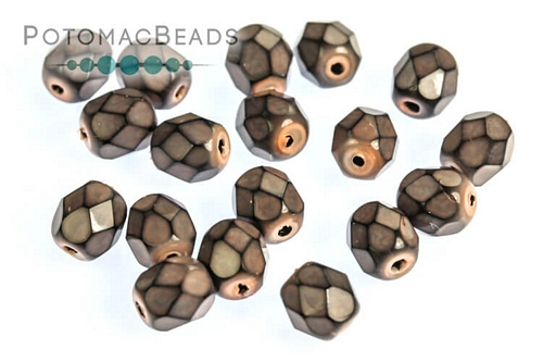 Czech Faceted Round Snake Salmon 4mm